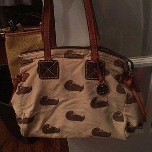 "10x9x5"" Dooney&bourke logo bag"